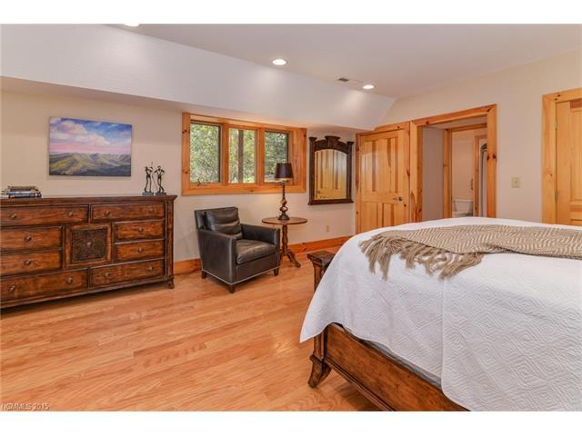 Image 18 for 221 Merrills Chase Road in Asheville, North Carolina 28803 - MLS# 3130342