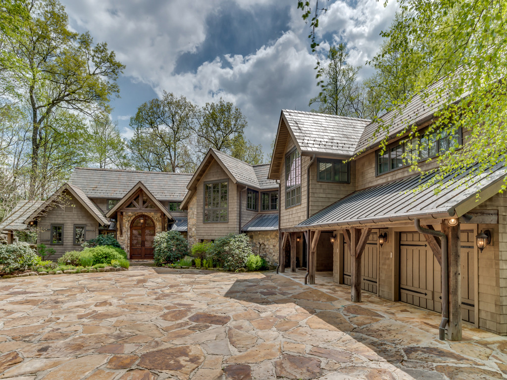 Property Image for 167 Chattooga Run<br/>Hendersonville, North Carolina 28739