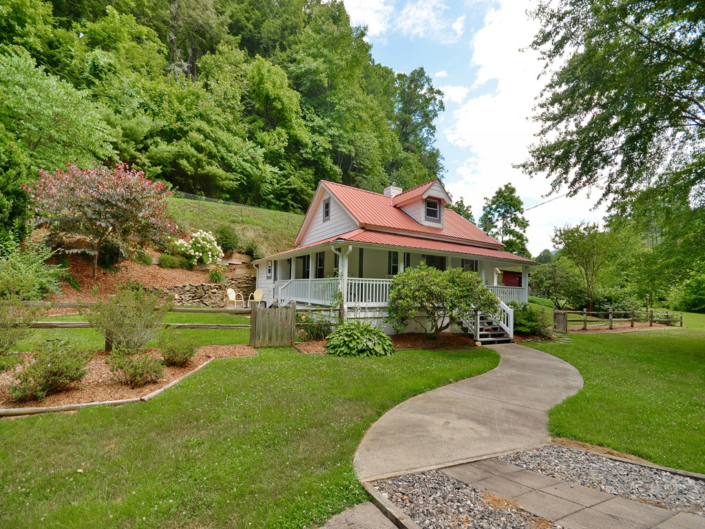 Image 1 for 3115 Little Pine Road in Marshall, North Carolina 28753 - MLS# 3201686