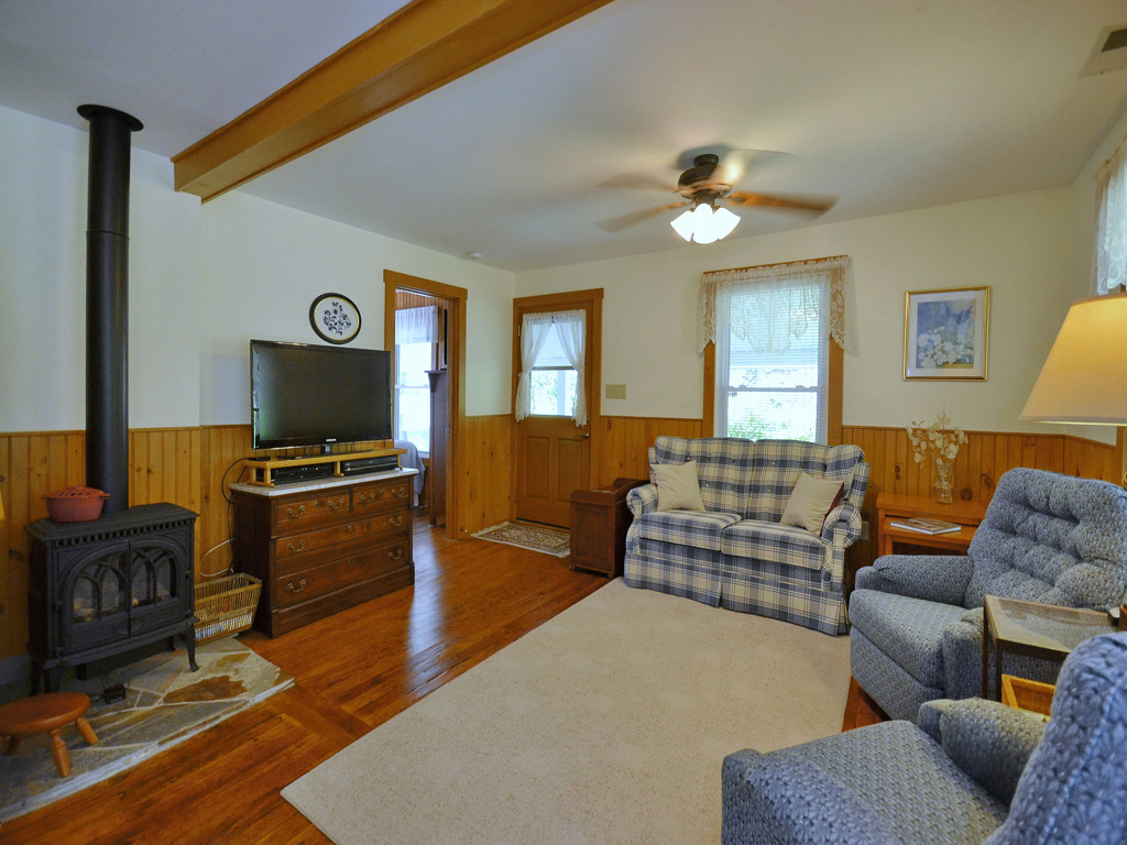 Image 2 for 3115 Little Pine Road in Marshall, North Carolina 28753 - MLS# 3201686