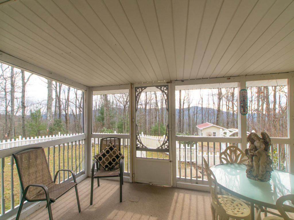 Image 15 for 135 Cardinal Haven Lane in Hendersonville, North Carolina 28739 - MLS# 3240230