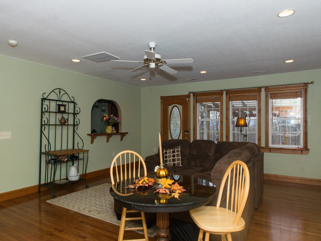 Image 3 for 135 Cardinal Haven Lane in Hendersonville, North Carolina 28739 - MLS# 3240230