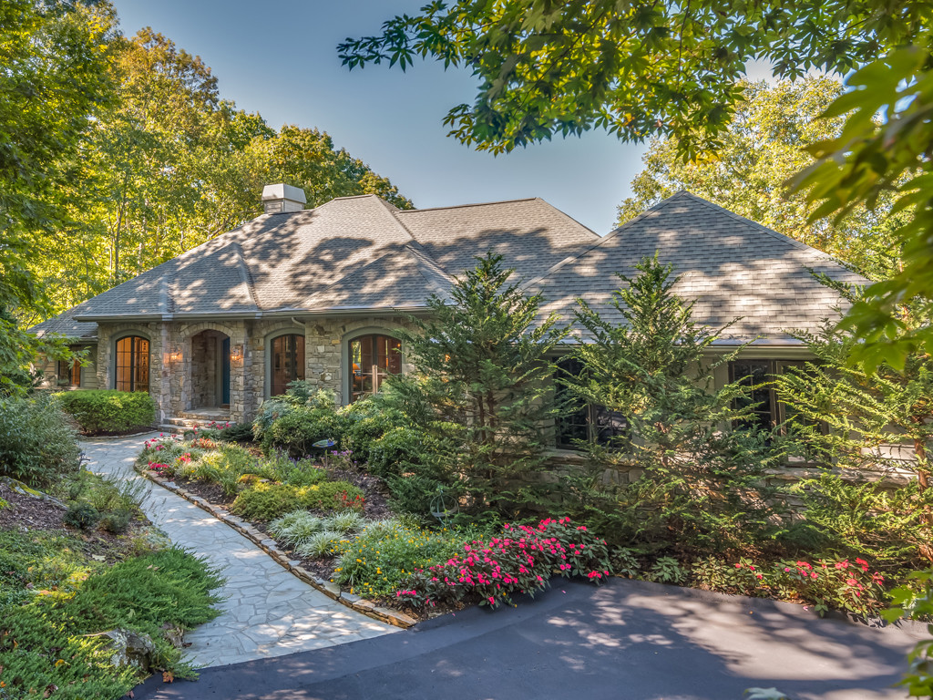 Property Image for 66 Old Hickory Trail<br/>Hendersonville, Nc 28739
