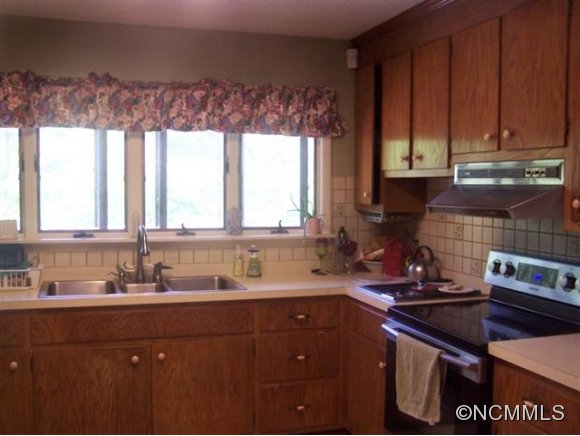 Image 5 for 24 W Rogers Road in Cullowhee, North Carolina 28723 - MLS# 561720