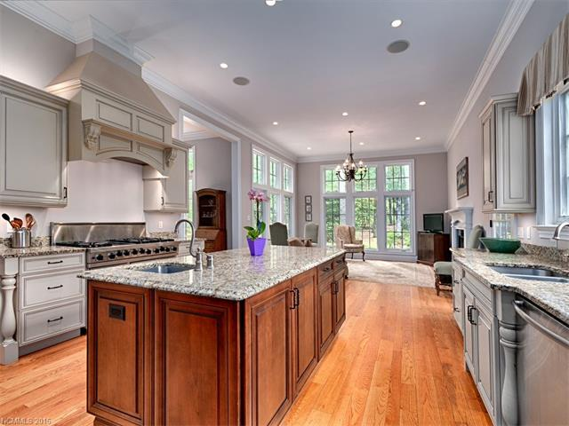 Image 8 for 18 Chauncey Circle in Asheville, North Carolina 28803 - MLS# 3191313